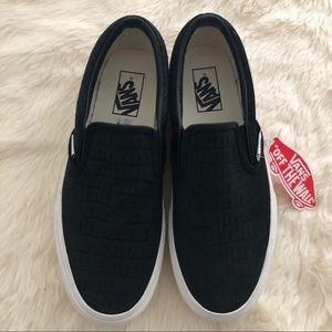 Vans Platform Suede Slip-On Sneaker, sz 8.5